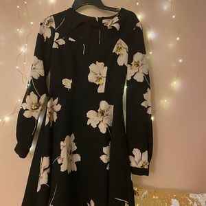 Forever 21 Dresses - Floral dress I found while thrifting.